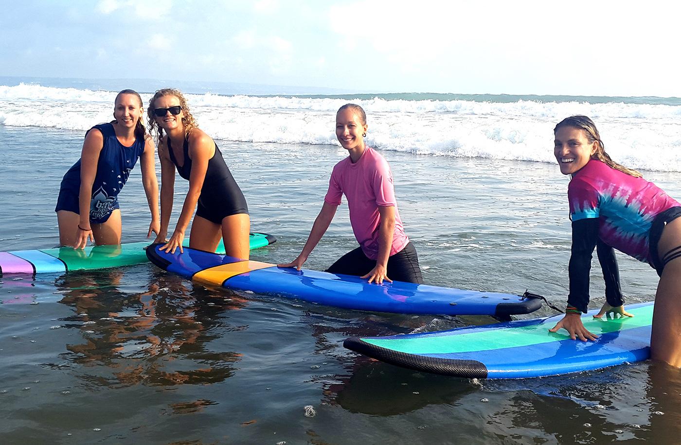 Surf lessons Yamba